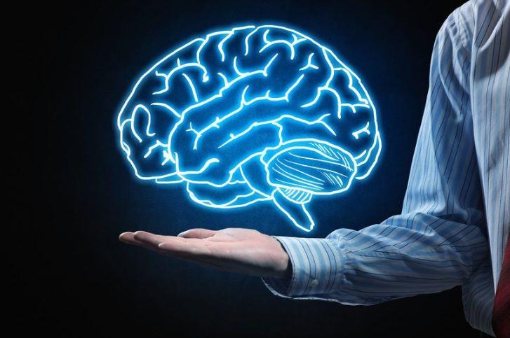 Si të trajnojmë trurin që të mos shqetësohemi më