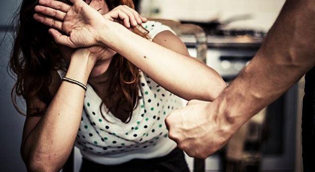 Dhunuan gratë, dy burra të arrestuar në Tiranë
