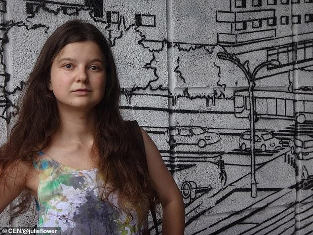 Shpërndau vizatime të vaginës, dënohet me burg artistja në Rusi