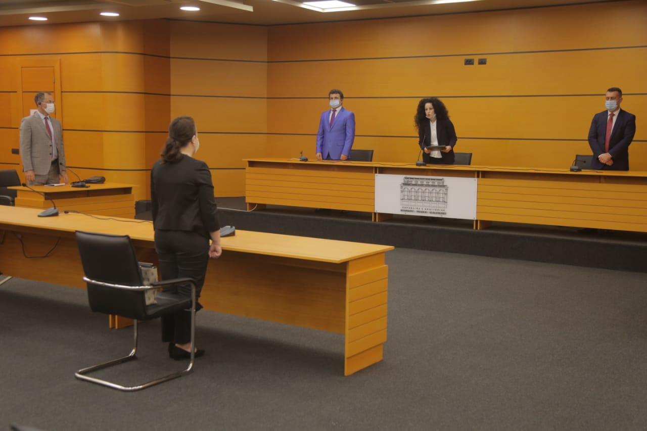KPK konfirmon në detyrë gjyqtaren e Apelit Gjirokastër