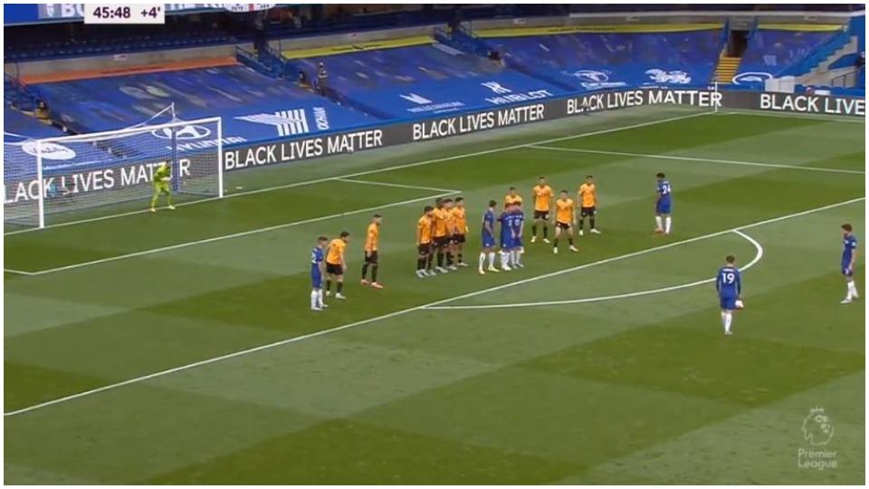 """VIDEO/ Chelsea me një këmbë në Champions, nuk ka """"krisma"""" në Leicester-United"""