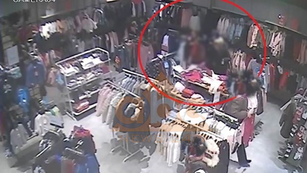 """Vodhën dyqanin në qendrën tregtare, arrestohen """"shoqet"""""""