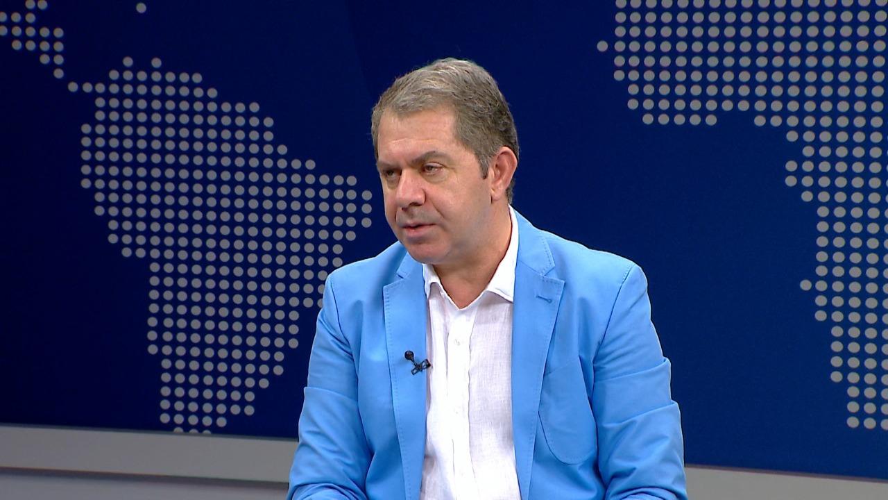 Idrizi: Rama nuk propozon hapjen e listave, interesi i tij është heqja e koalicioneve