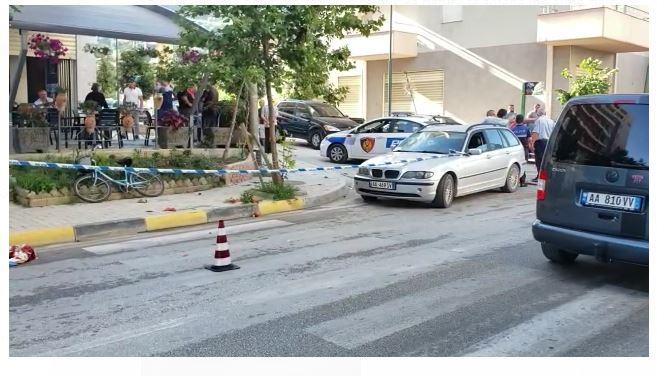 VIDEO/ Automjeti përplas për vdekje një këmbësor në Vlorë