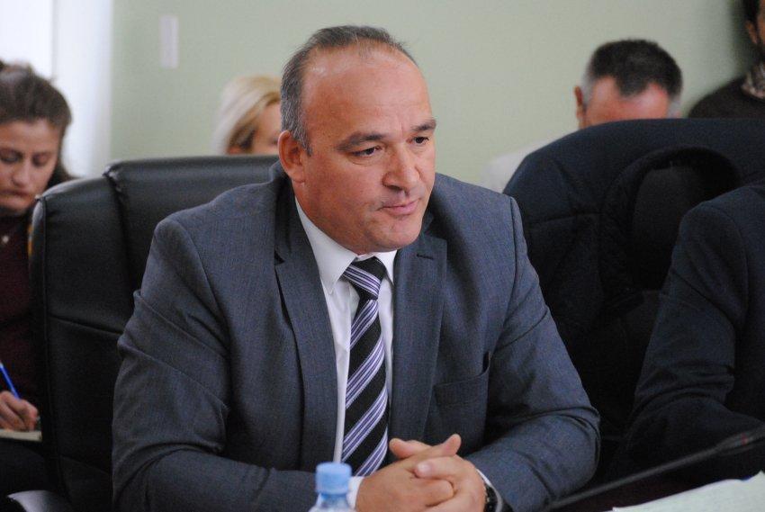 Deputeti i Vetëvendosjes rezulton pozitiv për Covid-19
