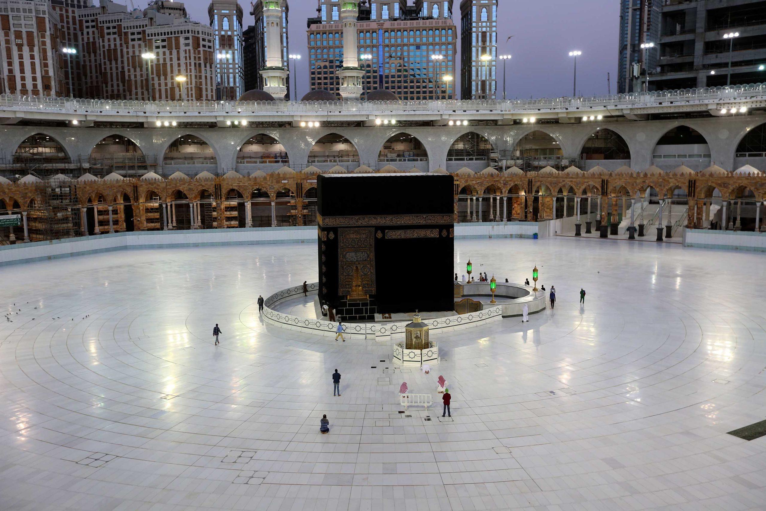 Arabia Saudite vendos masa anti-Covid për pelegrinët që do të bëjnë Haxhin këtë vit