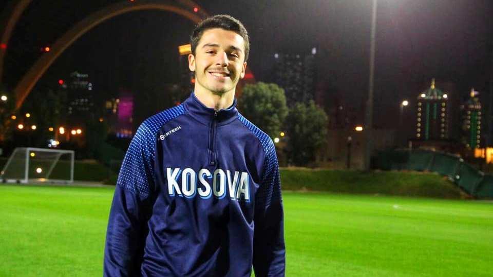 E zbulojnë mediat turke: Galatasaray e Besiktas duel për një shqiptar