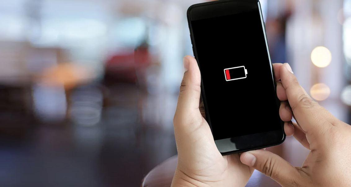 """""""Bateria më efikase në botë"""" mund ta mbajë telefonin të karikuar për 5 ditë"""
