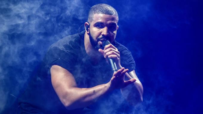 Surprizon Drake, sjell hitin e verës në bashkëpunim me britanikun e njohur