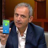 Albani nuk ka ujë në shtëpi, Enkel Demi merr Veliajn në telefon