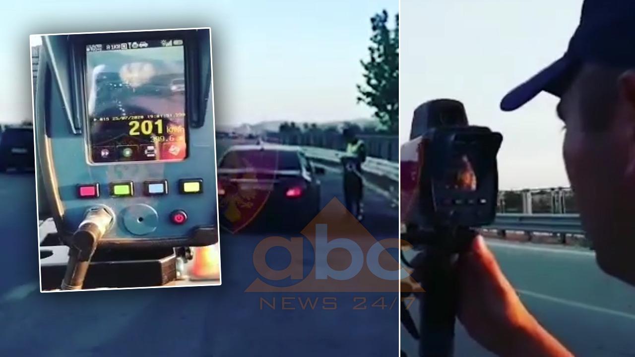 VIDEO/ Me shpejtësi skëterrë në mes të trafikut, policia gjobit disa turistë, hiqen 11 patenta