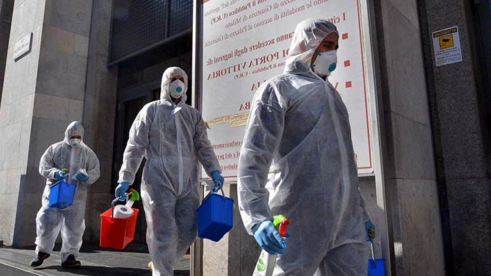 Rritet numri i rasteve të reja Covid në 24 orët e fundit në Itali, humbin jetën 20 persona