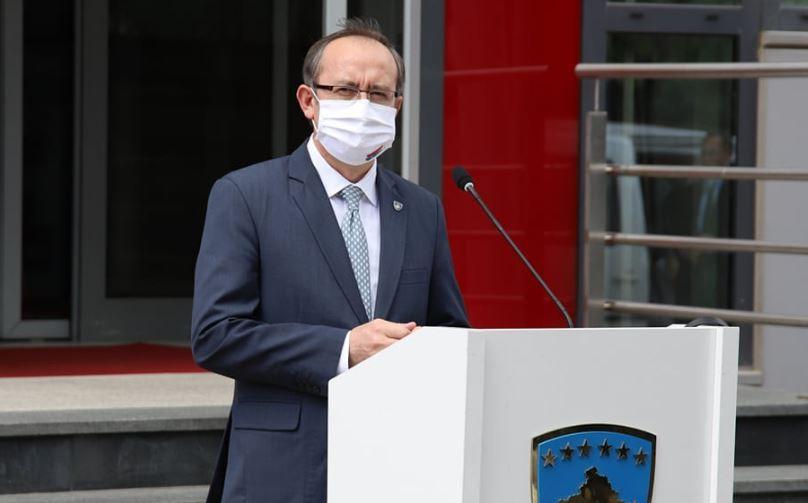 Hoti: Skender Hyseni në Bruksel flet në emrin tim