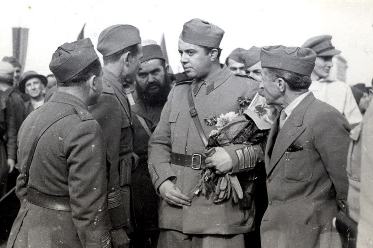 Abc Story: Enver Hoxha, si i vrau miqtë që i njihnin zullumet e rinisë