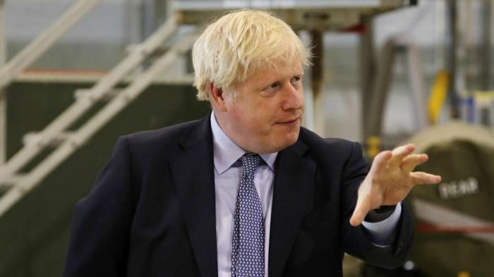 Johnson: Britania do të përballet me Covid-19 deri në mesin e 2021