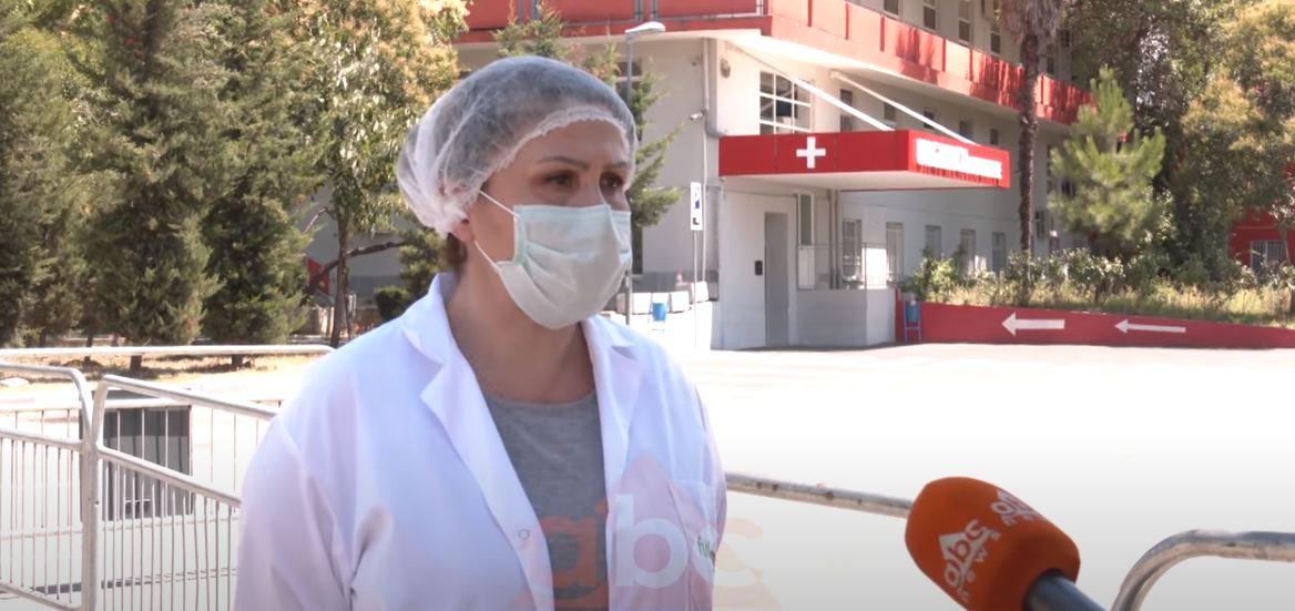 Covid 19 nuk zgjedh! Mjekja infeksioniste: Moshat e reja po shfaqin shenja të rënda