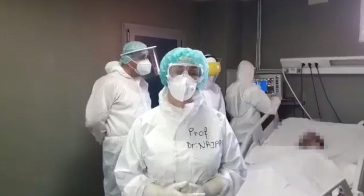Tre mjekë pranë pacientit në gjendje të rëndë, Najada Çomo: Është realitet!