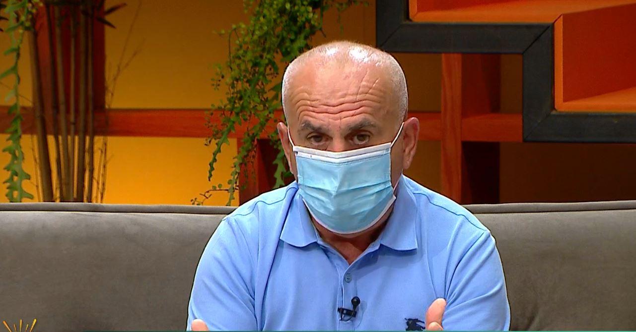 """""""Nuk presim mrekulli nga vaksina"""" Pipero: Maska duhet të mundësojë edhe thithjen oksigjenit"""