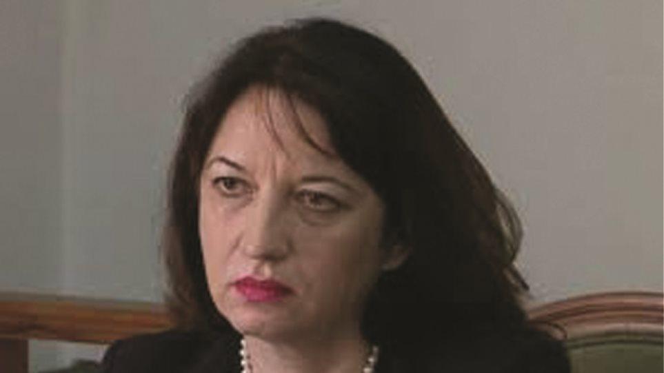 Shkarkimi i ambasadores shqiptare, mediat greke: Ishte përfshirë në vjedhjen e 100 pasaportave