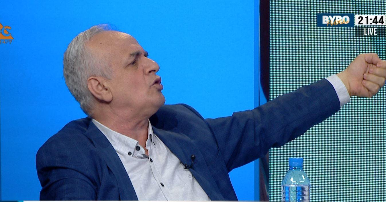 """""""Formula"""" e Nazarkos për zgjedhjet: Merrni 3000 b…zinj të numërojnë votat"""