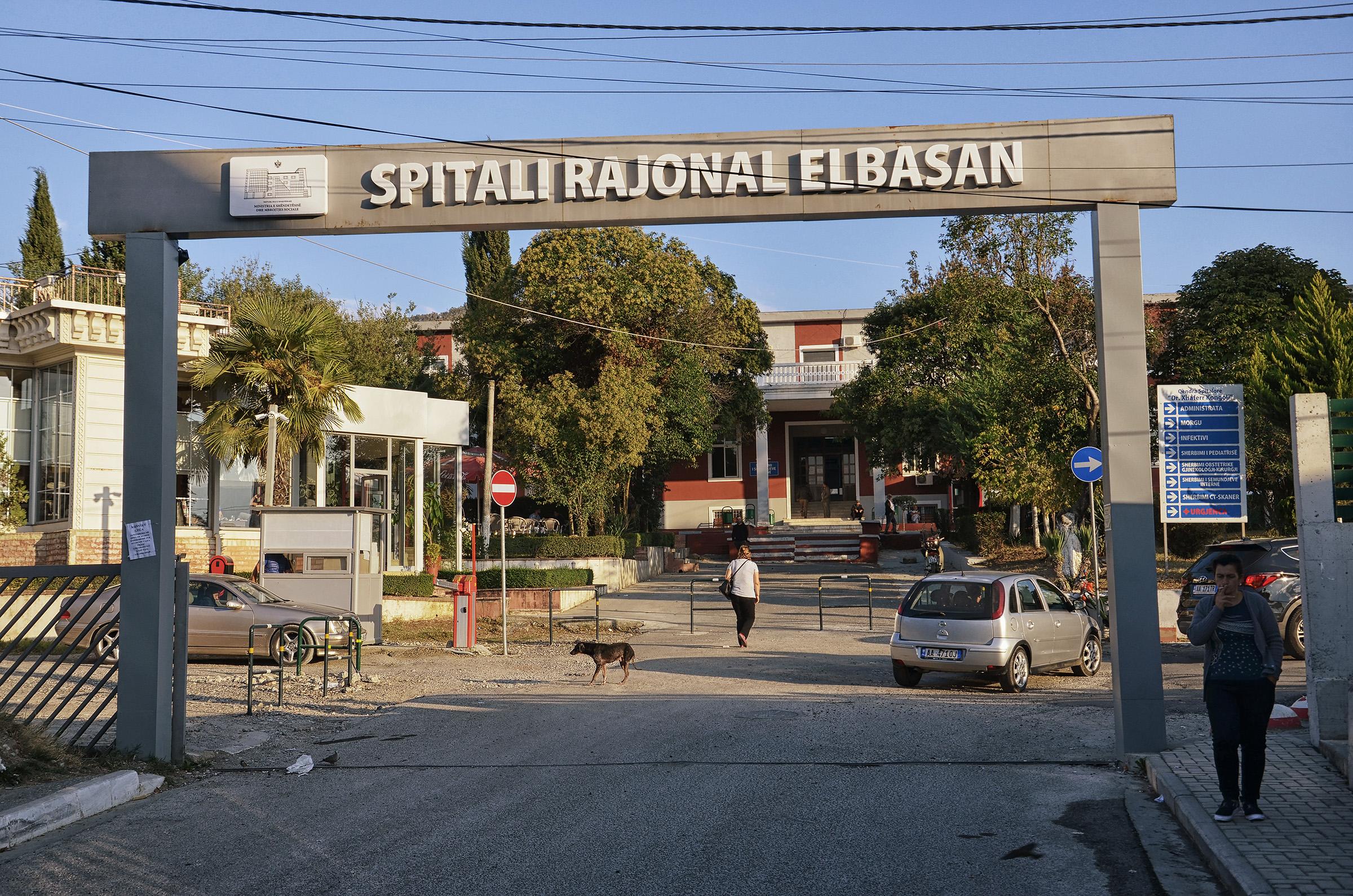 Konfirmohen pesë raste me Covid-19 në Elbasan, mes tyre mjeku pediatër