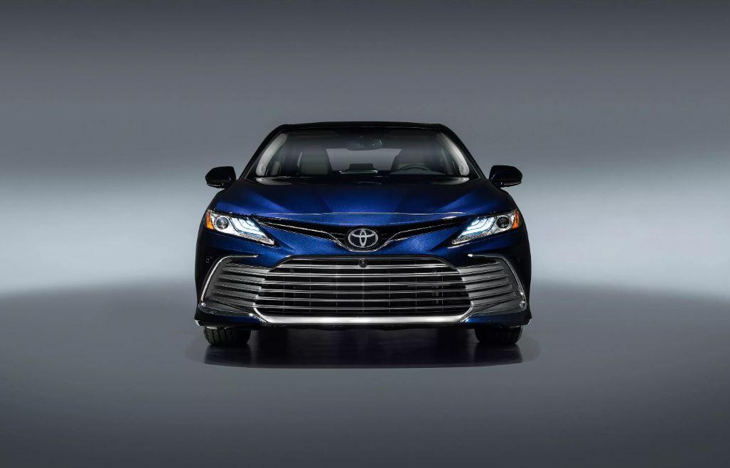Toyota Camry i ri vjen me një sërë elementesh të shtuara sigurie