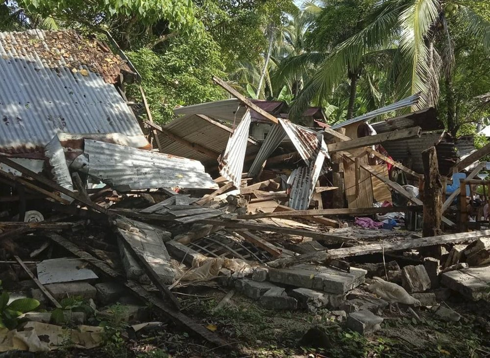 Tërmeti i fuqishëm në Filipine shkatërron banesat, një i vdekur dhe disa të plagosur