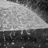 Dita nis me rrebeshe shiu dhe ulje të temperaturave, si do të jetë moti në orët e pasdites