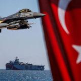 FOTO/ Përplasja me grekët, Turqia ngre në ajër avionët F-16 me raketa gati për të qëlluar