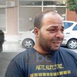 Zhduket e mitura në Vlorë, babai mes lotësh: Është parë në një hotel, telefonata e fundit që bëri