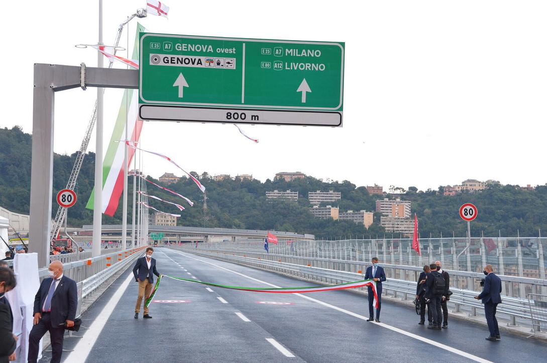 Dy vite pas shembjes, inaugurohet ura e re në Genova ku humbën jetën 43 persona