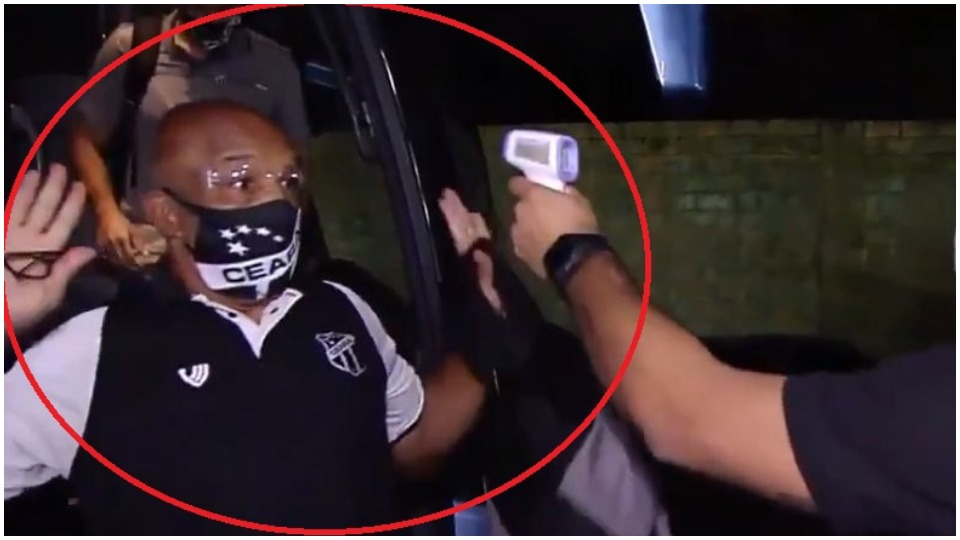 VIDEO/ Termometri i duket si armë, veprimi i brazilianit kthehet viral