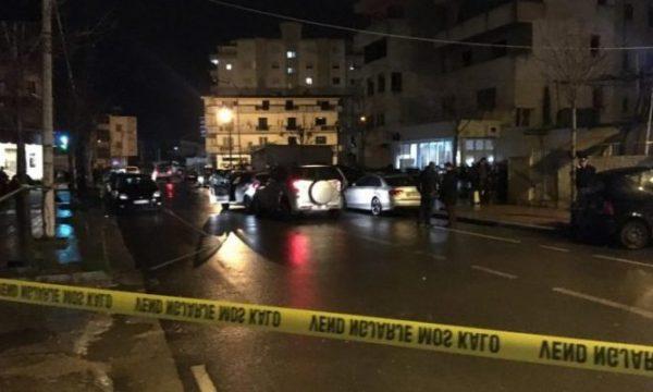 Plagosen babë e bir në Fushë-Krujë, policia jep detajet