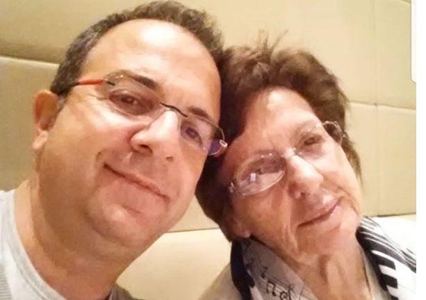 2 vite pas ndarjes nga jeta, Ardit Gjebrea bën dedikim prekës për të ëmën