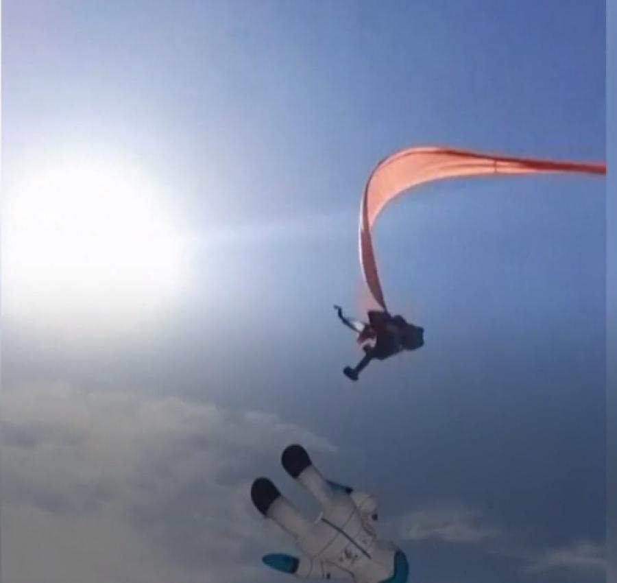 E pazakontë, 3-vjeçarja ngatërrohet në balon dhe ngrihet në qiell