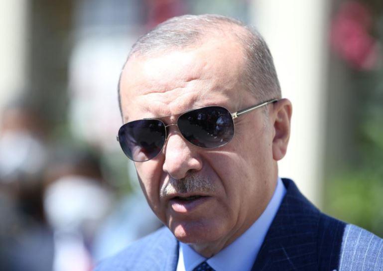Tensionet me Greqinë, Turqia njofton se ka gjetur gaz në Detin e Zi