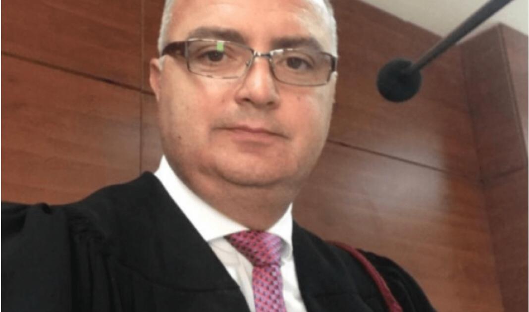 """Liroi nga qelia """"Gjeneralin"""", ILD kërkon shkarkimin e gjyqtarit të Korçës"""