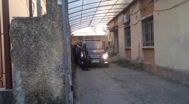 Mbytja e 17-vjeçares në Velipojë, gjykata lë në burg Indrit Bajraktarin