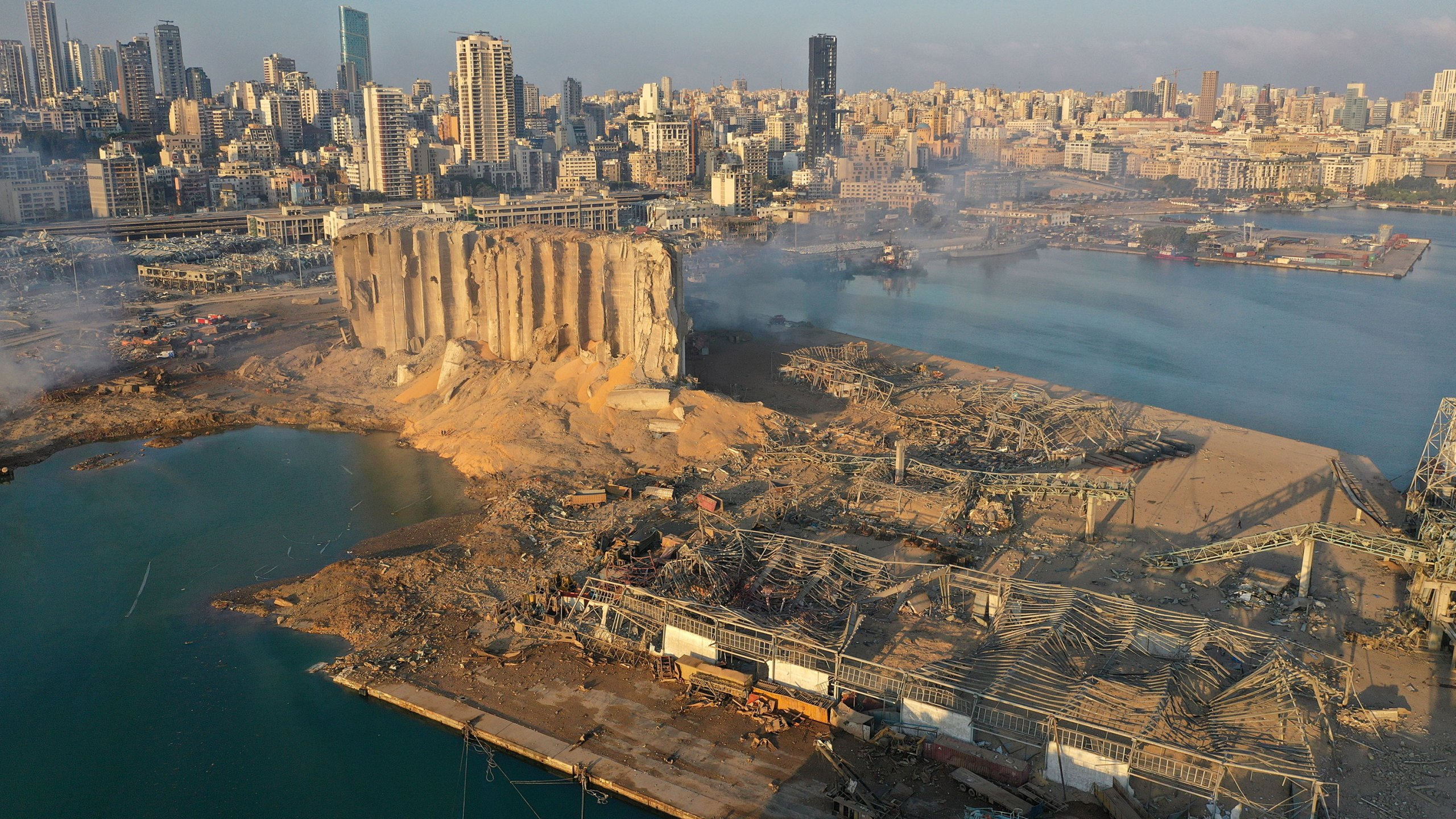Gjykata në Bejrut kishte kërkuar heqjen e nitratit të amonit disa herë