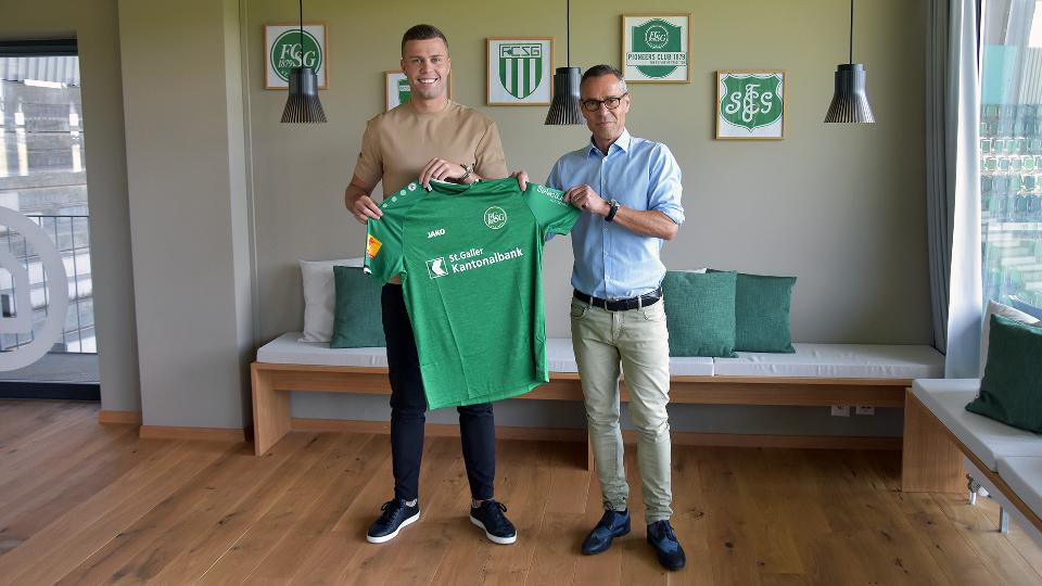 Zyrtare: Florian Kamberi me ekip të ri, transferim me të dhëna sekrete