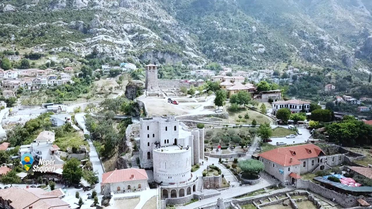 Një udhëtim në Krujën e traditës e Historisë-Nëpër Shqipëri