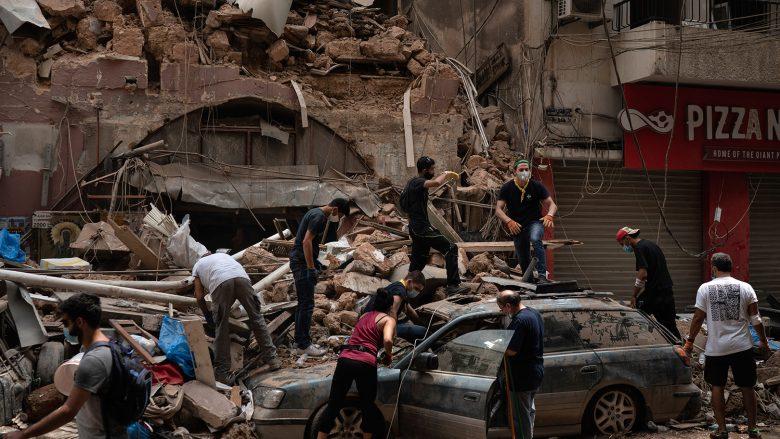 Më shumë se 60 persona ende të humbur pas shpërthimit në Bejrut