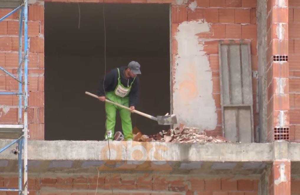 Pandemia stopon ndërtimet e reja në vend, INSTAT: Në prill-qershor lejet ranë me 38.3%