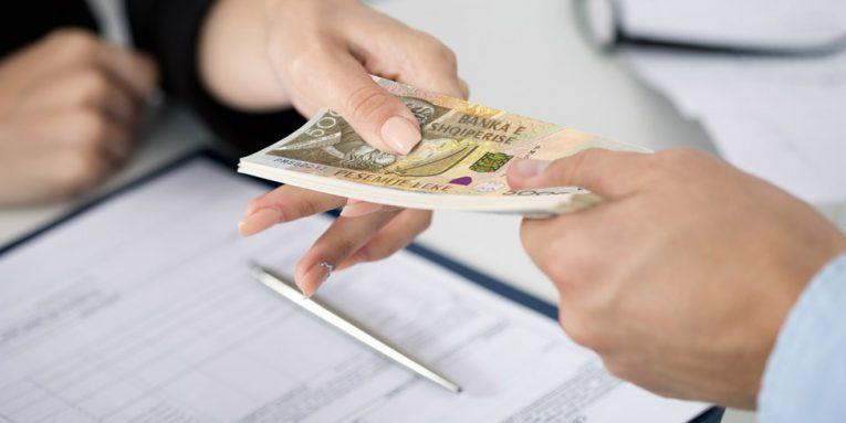 Kreditë bëhen më të lira se asnjëherë