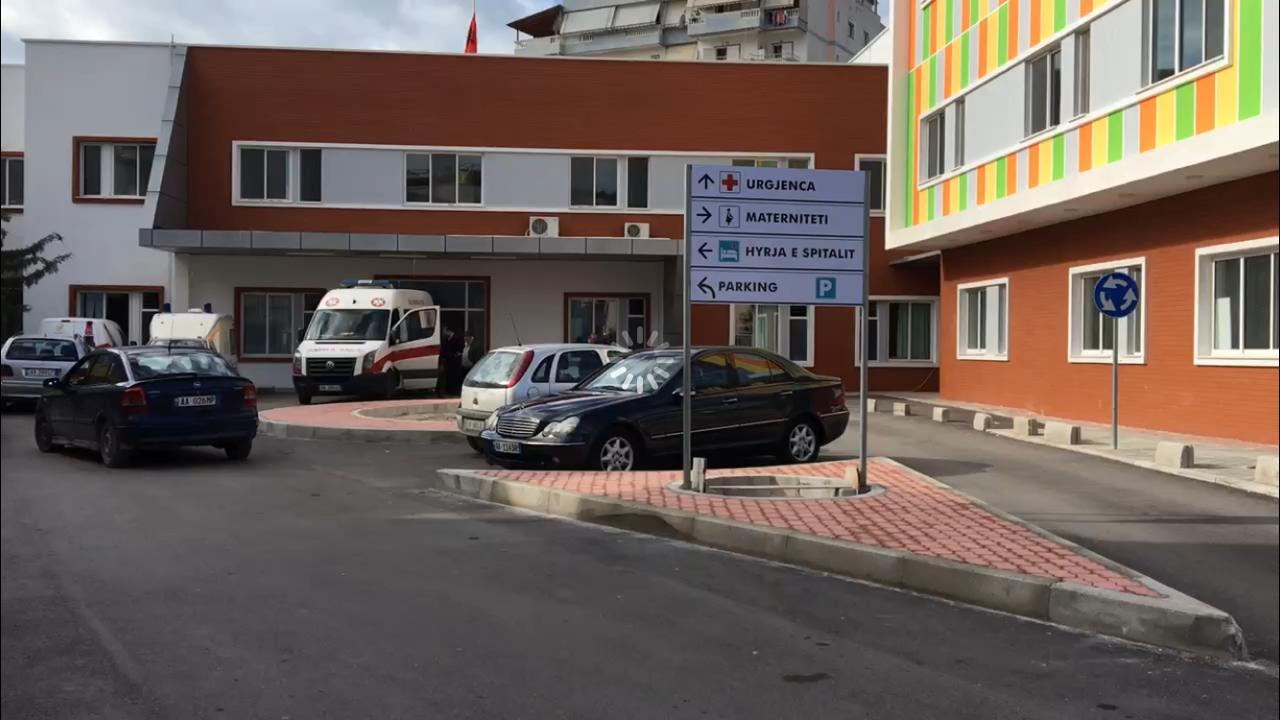 Një i mitur dërgohet pa shenje jete në spitalin e Sarandës