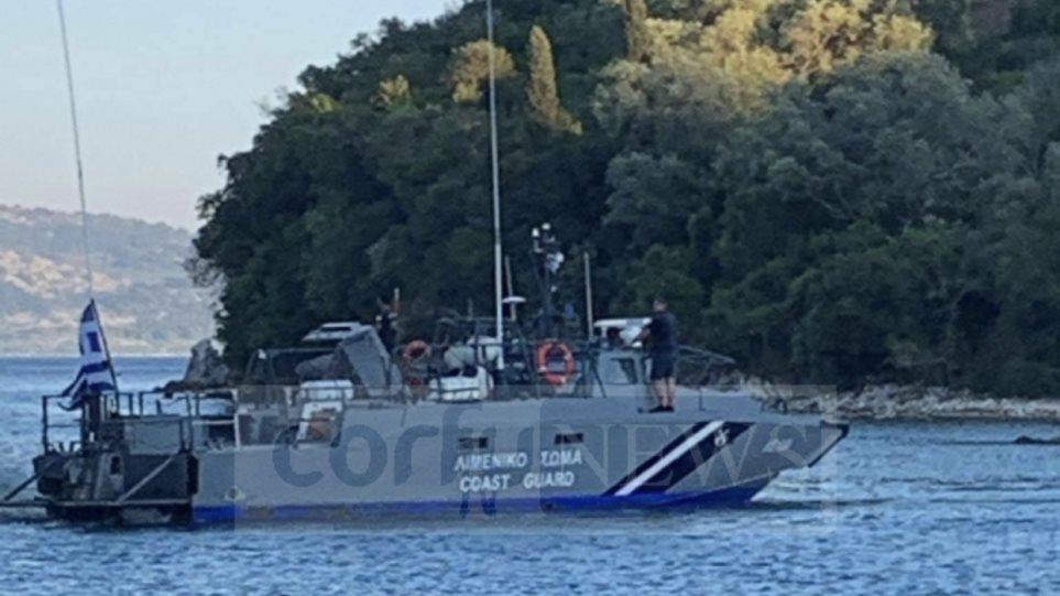 Skafi vret turisten në ishullin e mbushur me shqiptarë në Greqi