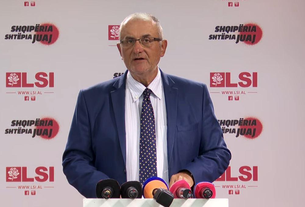 Vasili: Biznesi i vogël falimenton, oligarkët nuk preken, zgjidhja e vetme përmbysja e këtij regjimi