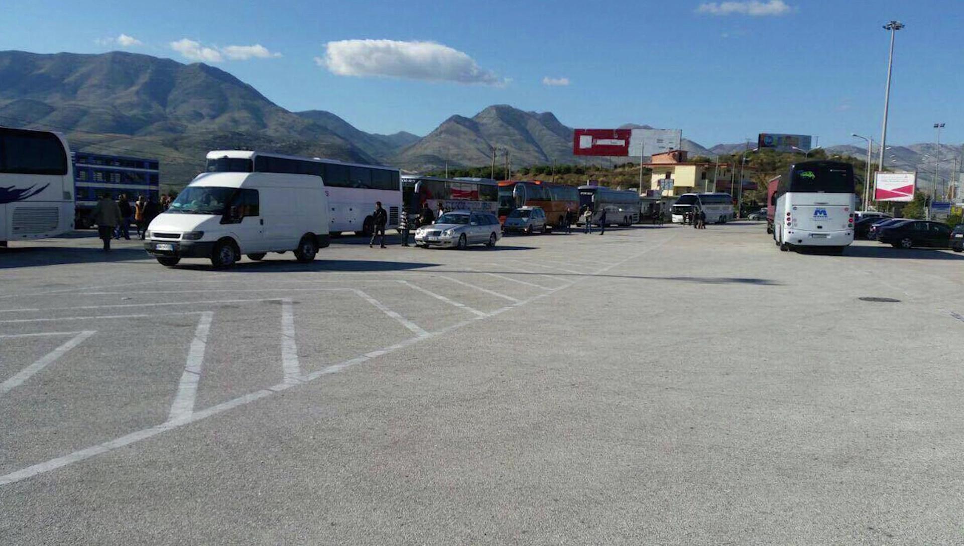 Automjeti i grabitur në Romë bllokohet në pikë kufitare të Kakavijës
