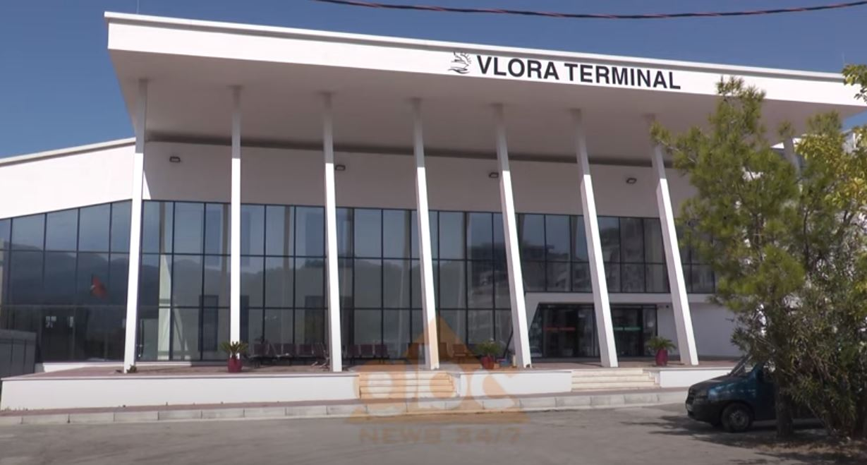 """Porti i Vlorës në """"stuhinë"""" e pandemisë/Kjo verë sezon i dështuar, 80 % më pak lëvizje se 1 vit më parë"""