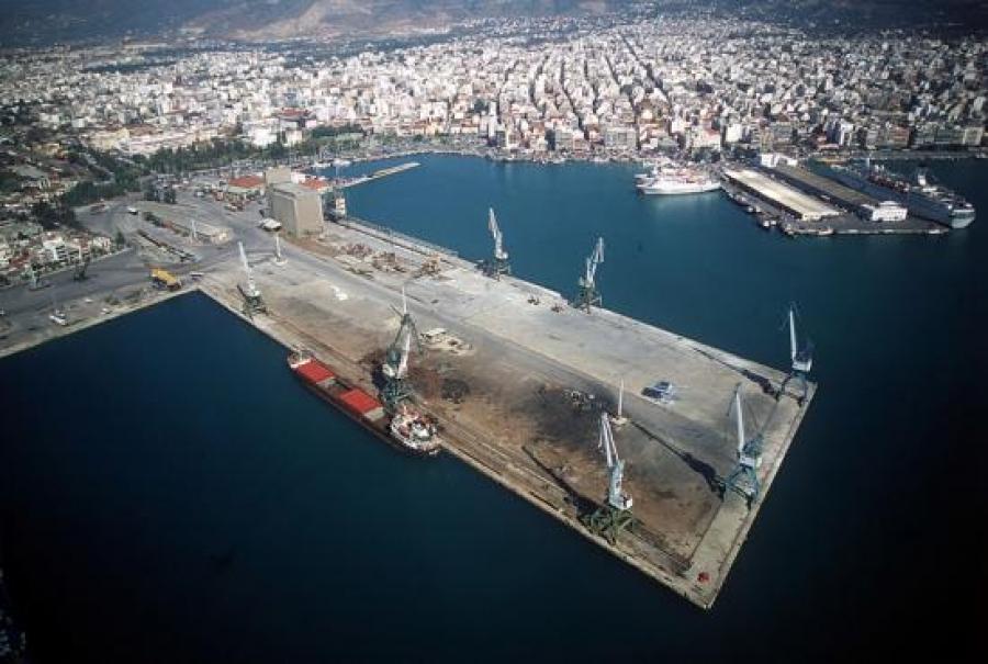 Marinari shqiptar gjendet i vdekur brenda anijës në Greqi